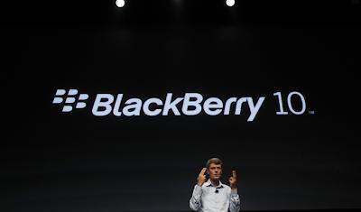 """Reuters.- Las ventas de la más reciente línea de teléfonos de BlackBerry están avanzando más rápido de lo previsto y la empresa está reforzando su producción para alinearse con la demanda. Así lo dijo el presidente ejecutivo de la firma a un periódico. La compañía no quiere publicar cifras de ventas de los teléfonos avanzados BlackBerry 10, lanzados el mes pasado, hasta que haya observado la tendencia de ventas durante un poco más de tiempo, dijo Thorsten Heins al periódico Frankfurter Allgemeine Zeitung en una entrevista. """"Estamos por encima de nuestras expectativas y nuestros objetivos eran totalmente ambiciosos"""", dijo Heins,"""