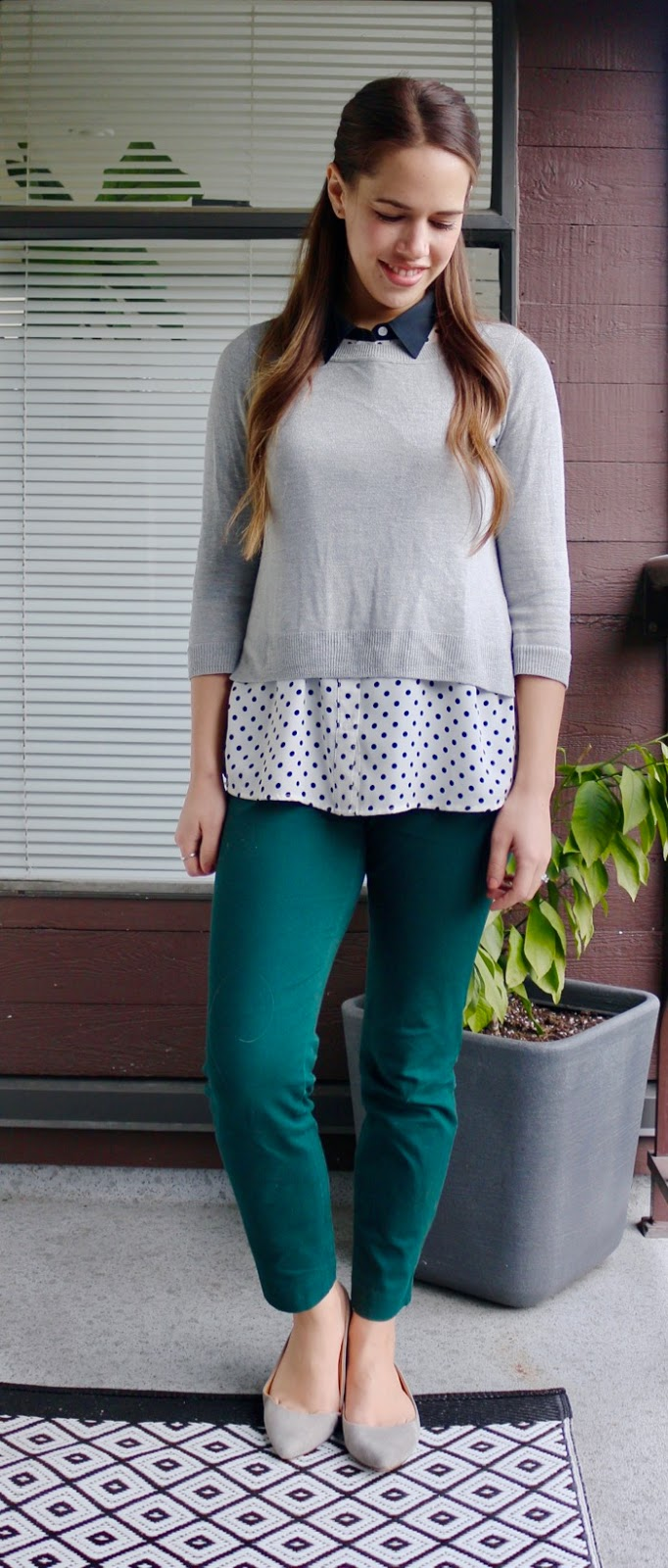 Jules in Flats - Layered Tops with Coloured Ankle Pants Look for Work