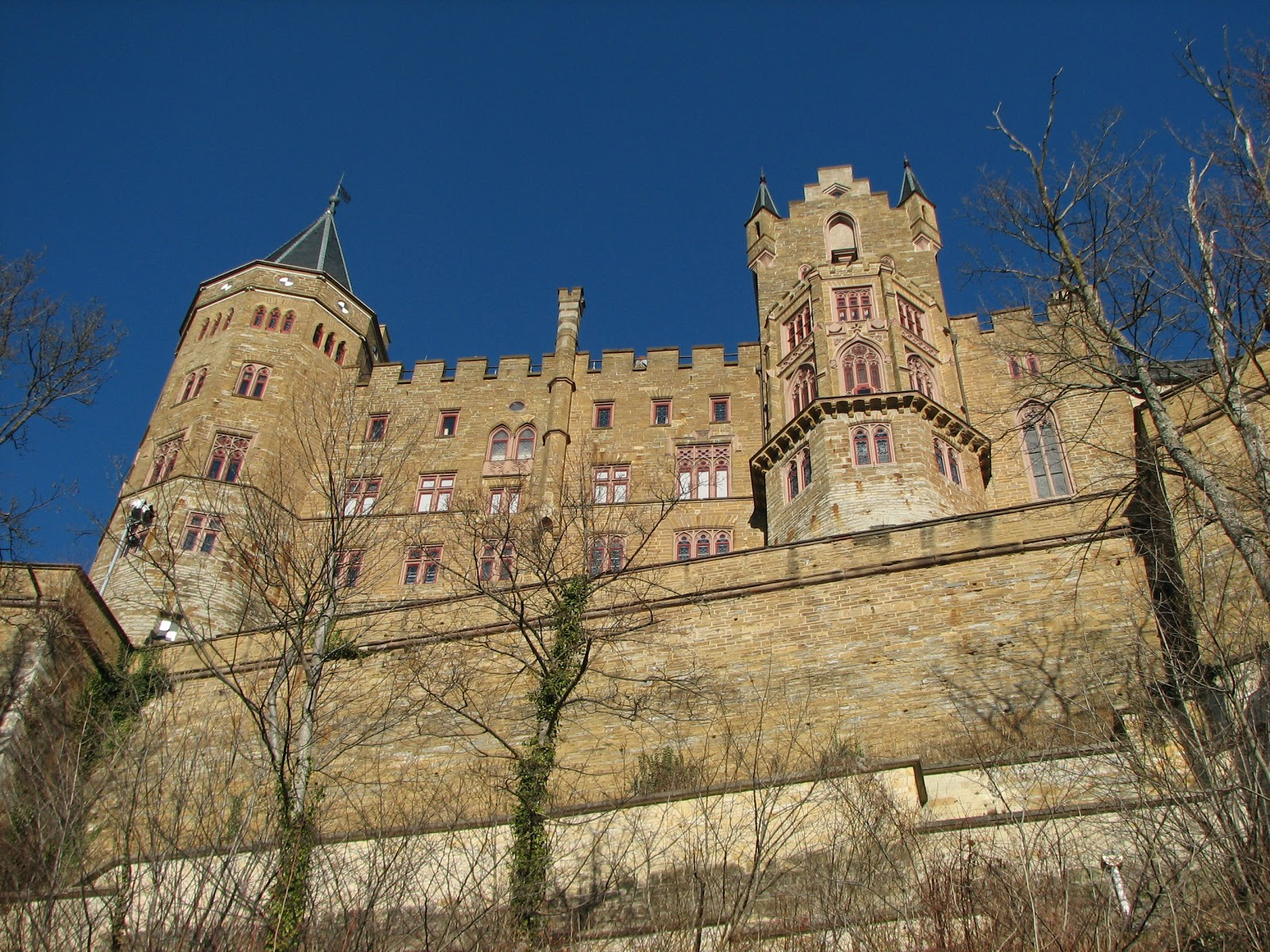 Pitsnipes Gripes Hohenzollern Castle