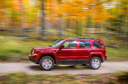 2018 jeep patriot jeep compass reviews redesign change price release date. Black Bedroom Furniture Sets. Home Design Ideas