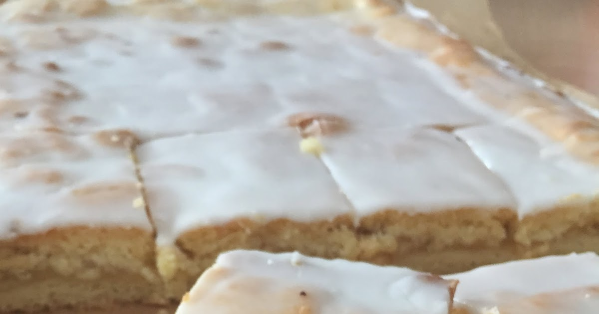 Apfelkuchen vom blech mit zitronenguss