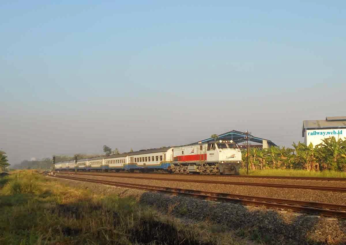 Harga Tiket Kereta Senja Utama Yogyakarta Agustus