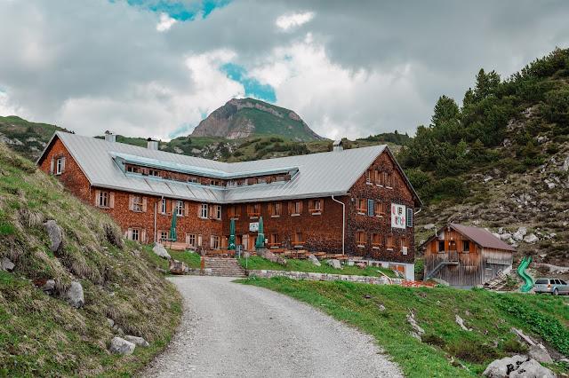 Stebok-Wäg  Wandern im Klostertal  Freiburger Hütte und Formarinsee  Vorarlberg-Wandern  Wanderung Lechquellengebirge 01