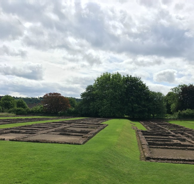 Caerleon-the-roman-fortress-of-isca-the-barracks-ruins