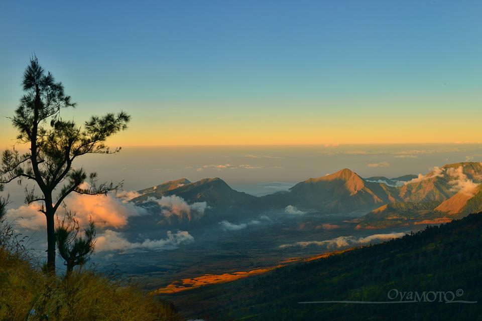 Surga Tersembunyi Di Gunung Rinjani Lombok Indonesia