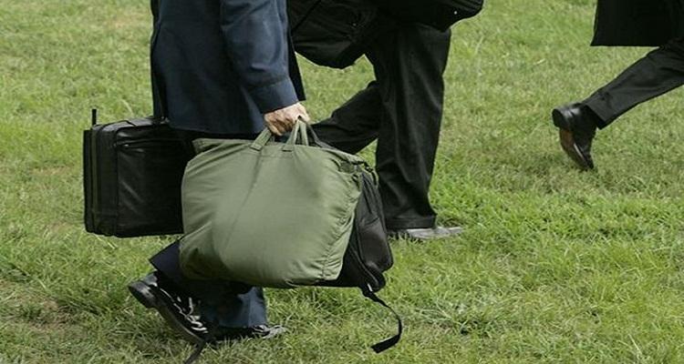 سر الحقيبة التي ترافق رئيس أمريكا في أي مكان يوجد فيه