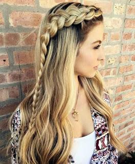 Model Rambut Panjang Wanita keenam