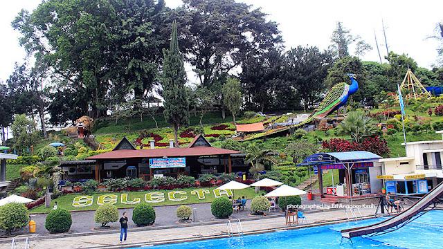 Foto Indahnya Taman Wisata Selecta Batu.