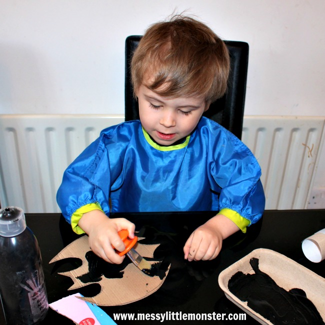 Batman craft and activity ideas for kids.