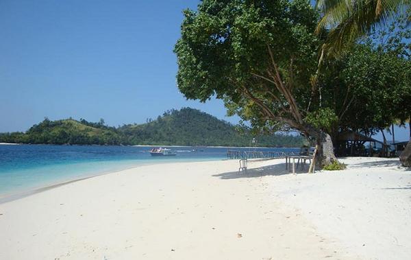 10 Gambar Pantai Carita Anyer Banten Harga Tiket Masuk Dan Lokasi