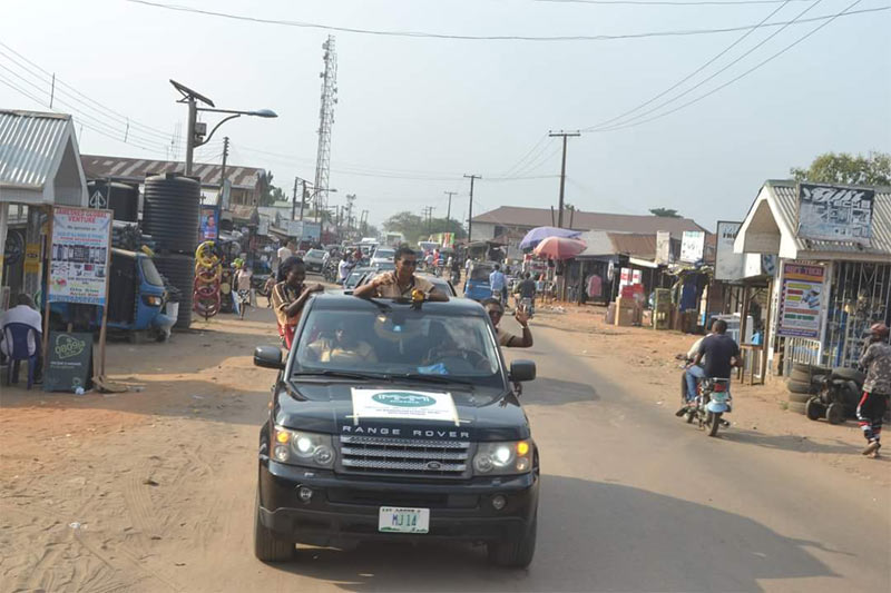 MMM guiders flaunt expensive rides, donate to Delta orphanages