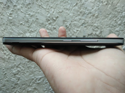 Lenovo Vibe P1m Right