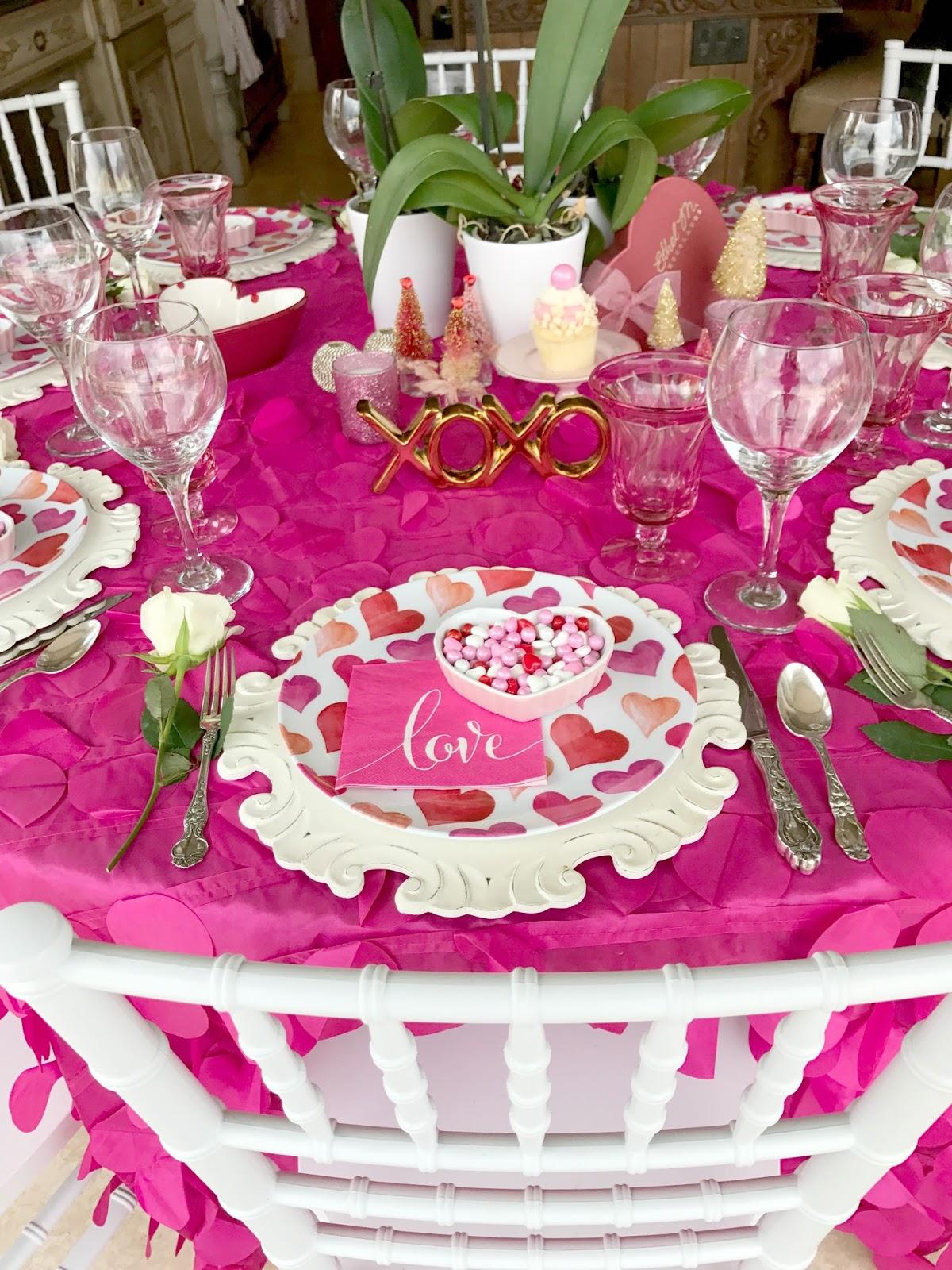 Pinkalicious Valentine S Table Purple Chocolat Home