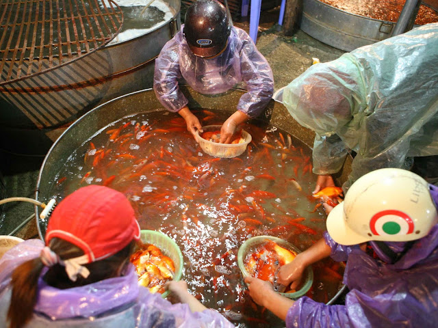 Vietnamese Kitchen Gods: A love affair retold 5