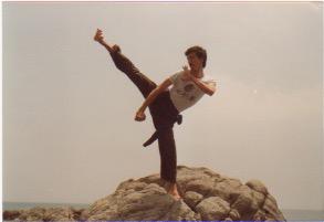 immagine con romano scaramuzzino kung fu