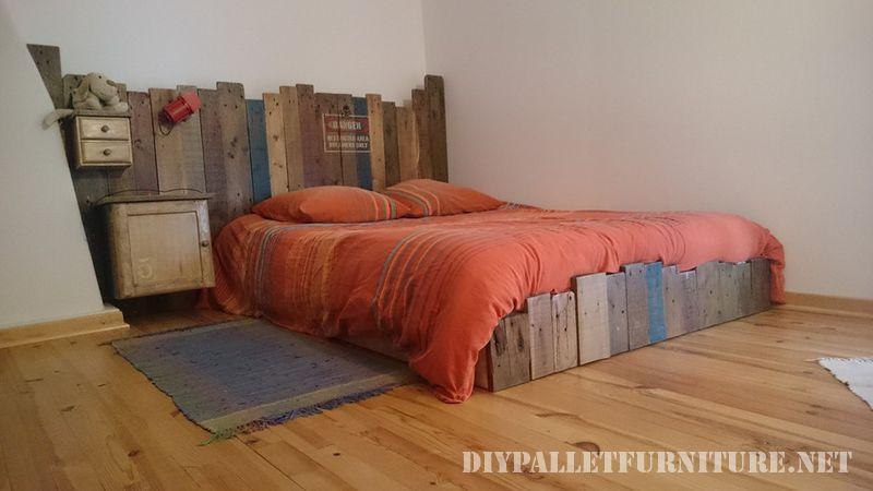 cama vintage de palets. Black Bedroom Furniture Sets. Home Design Ideas