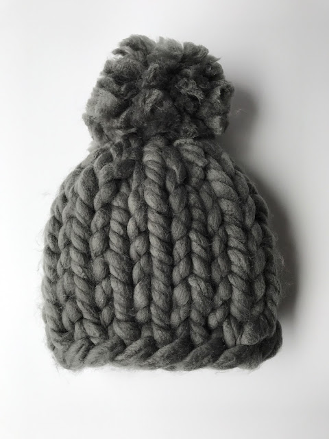 CHUNKY KNITS HAT - GRAY