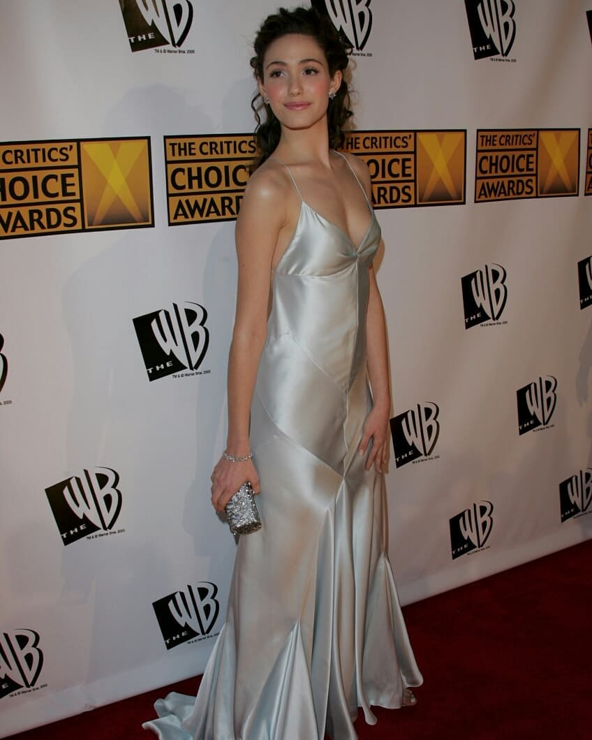 Emmy Rossum Looks Hot in Silver Outfit
