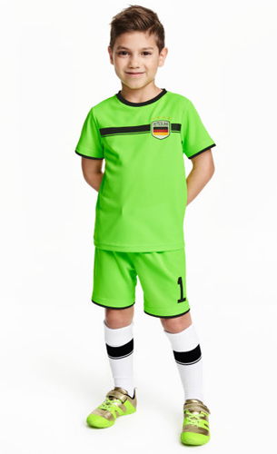H&M niños pantalón camiseta fútbol Alemania verde