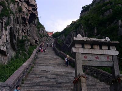 Resultado de imagem para Monte Taishan