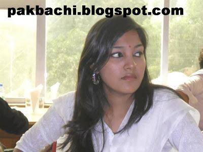 Karachi girls dating videos 10