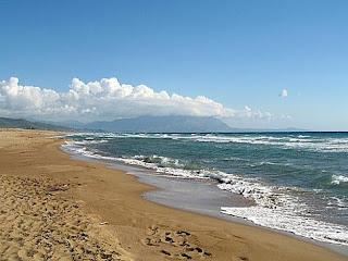 Στην Ηλεία η μεγαλύτερη παραλία της Ελλάδας - ΒΙΝΤΕΟ