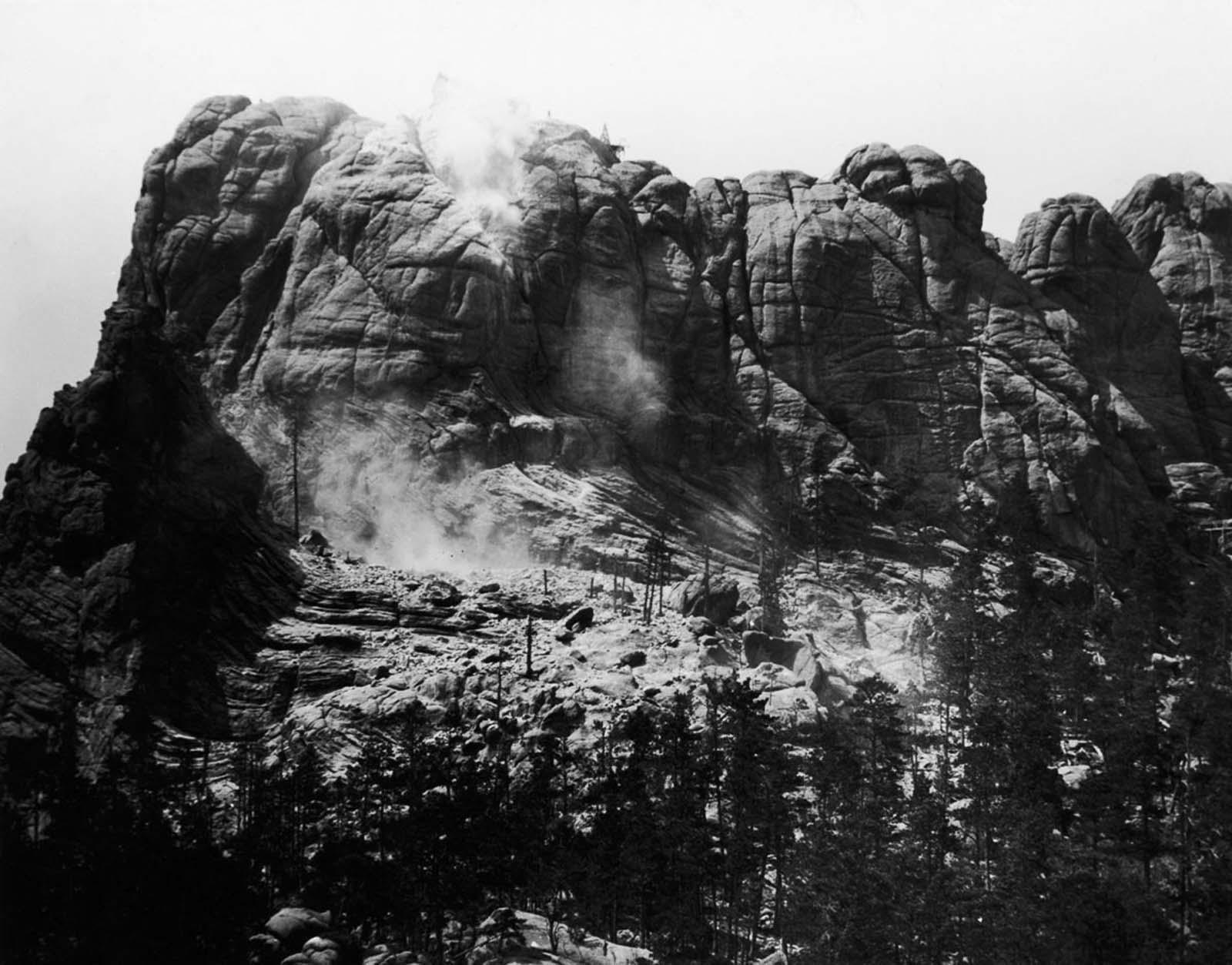 Mount Rushmore getting blasted. 1927.