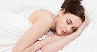 manfaat tidur tanpa bra