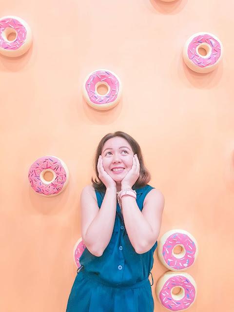 Raining Donuts at The Dessert Museum