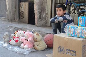 . El conflicto en Siria obligó a 140.000 refugiados palestinos a huir del campo de re