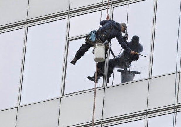Robinson Solutions Professional Window Cleaning