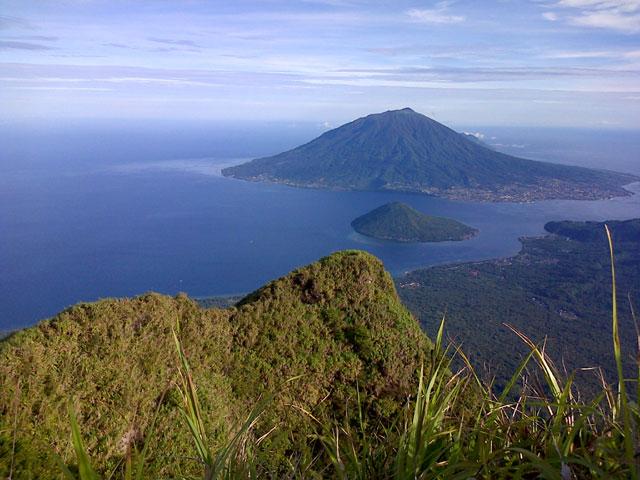 Gunung Tidore