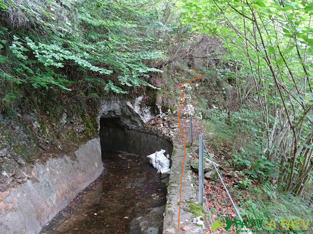 Canal de Reñinuevo: Túnel y desvío en la canal de Reñinuevo
