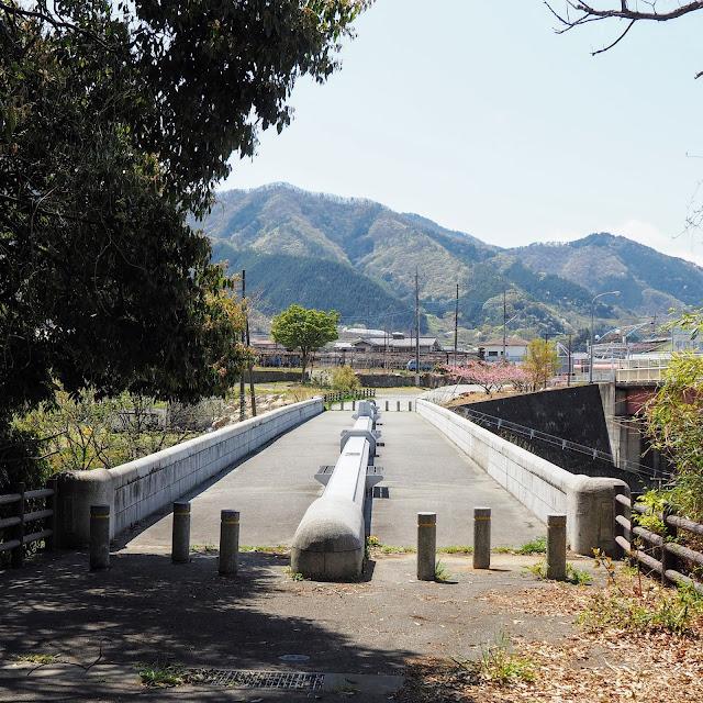 勝沼 祝橋