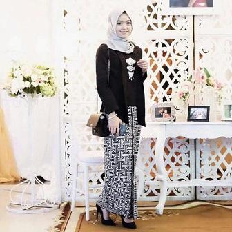 Model Kebaya Muslim Untuk Pesta Adat Jawa