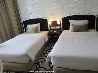 deluxe room new saphir hotel