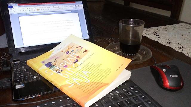 Buku Sekolah Biasa Saja Toto Rahardjo
