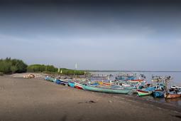 Pantai Bahak Indah Probolinggo Jawa Timur