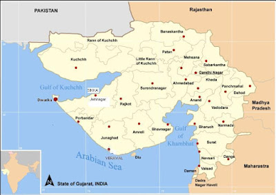 Map of Gujarat state, showing the city of Dwarka at the tip of the Kathiawar peninsula
