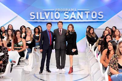 Oscar, Silvio e Maisa no palco (Crédito: Lourival Ribeiro/SBT)