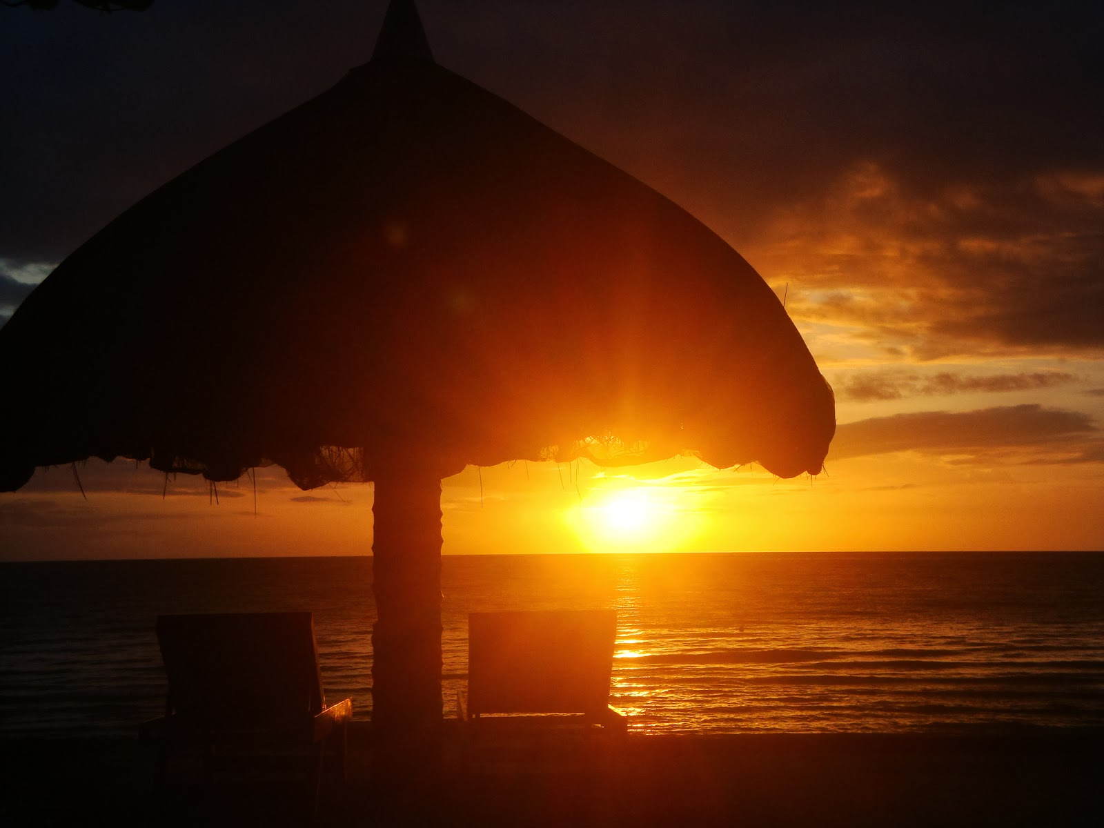 Sunset at El Salvador Beach Resort, Danao