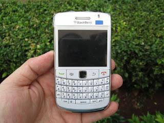 Blackberry Onix 2 (9780) Seken Mulus
