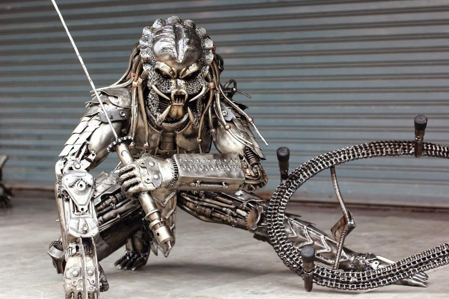 2 in 1 predator table - metal art sculpture furniture