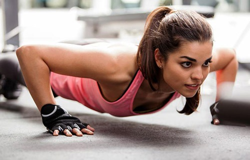 Các động tác giúp ngực to lên nhanh