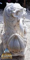 Patung samsi dibuat dari batu putih, batu paras jogja, batu alam asal gunungkidul, yogyakarta.