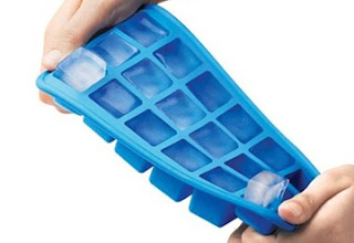 Ice cube tray ka aise kare istemal. Do you Know these interesting thing, You can use ice cube tray with different purpose. Tips in Hindi/Urdu.