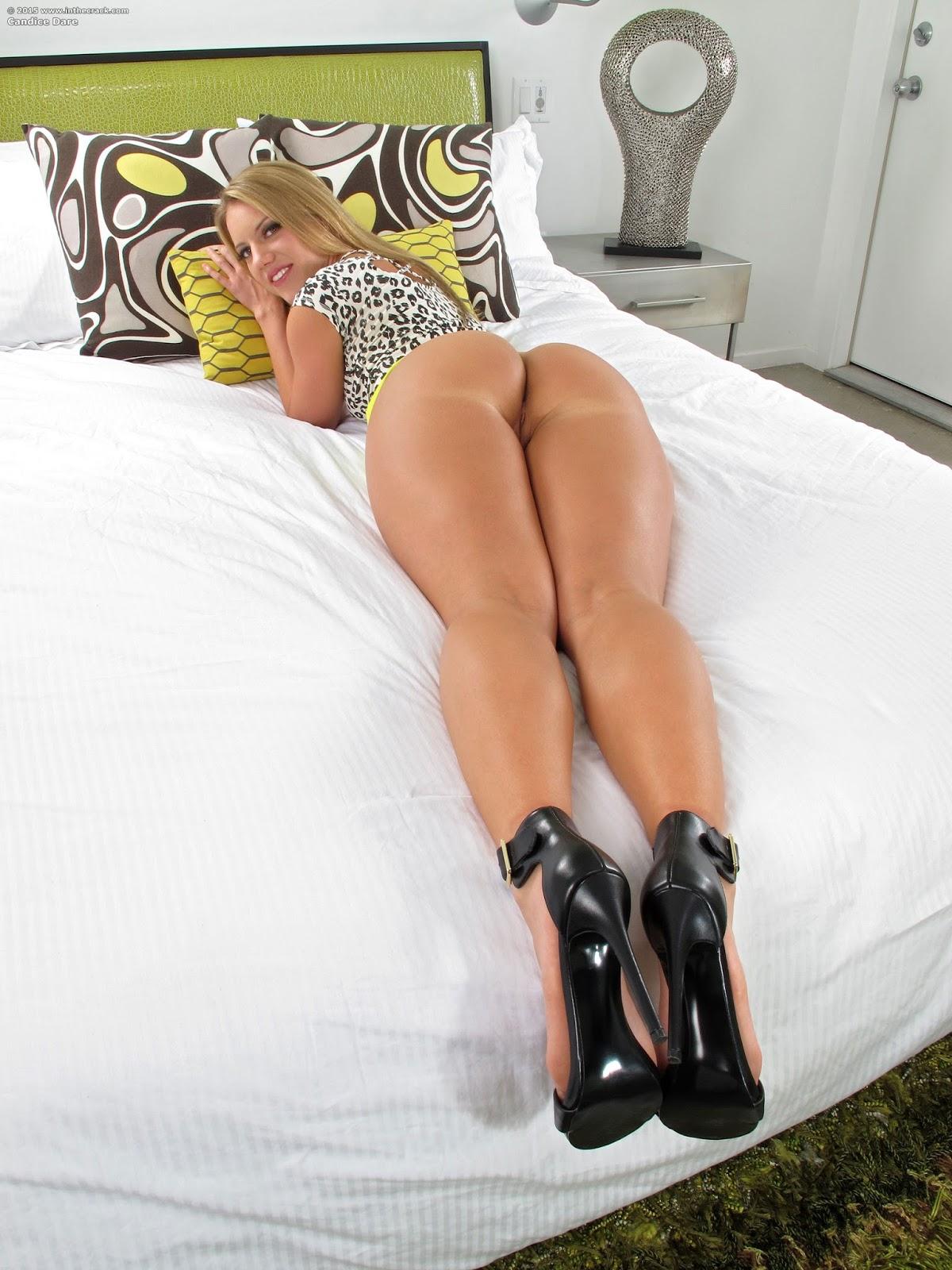 Naked uganda ass girls