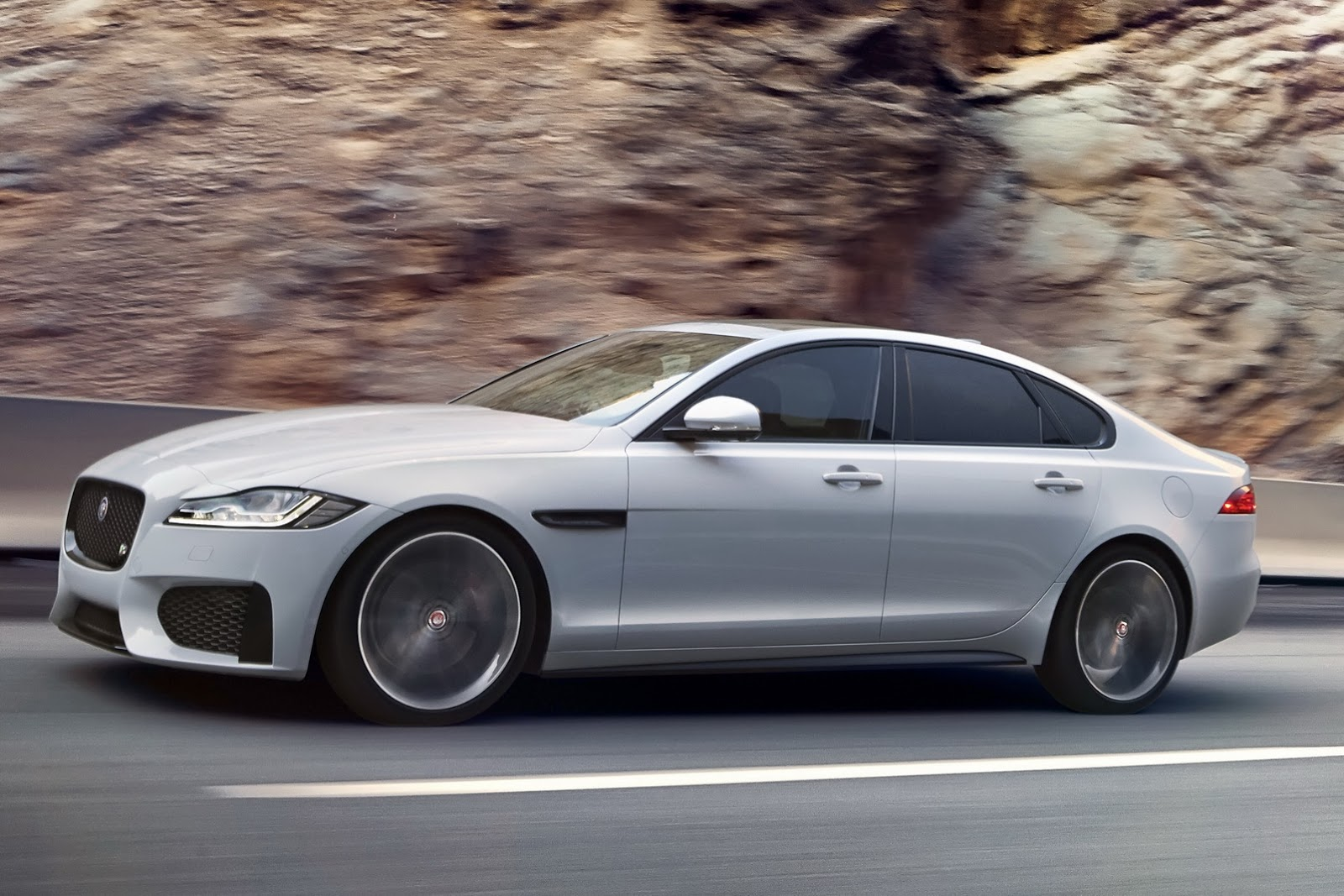 watch live unveiling of new 2016 jaguar xf here update official photos added carscoops. Black Bedroom Furniture Sets. Home Design Ideas