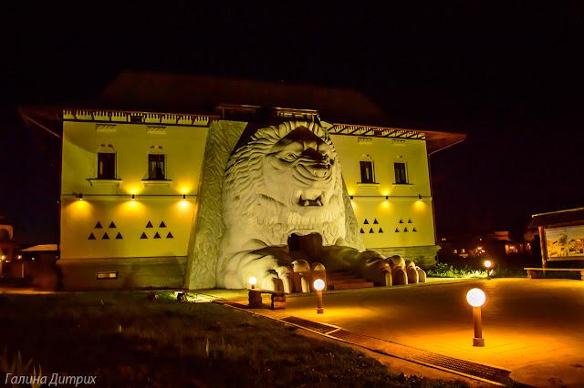 Отель Шри-ланка ночью