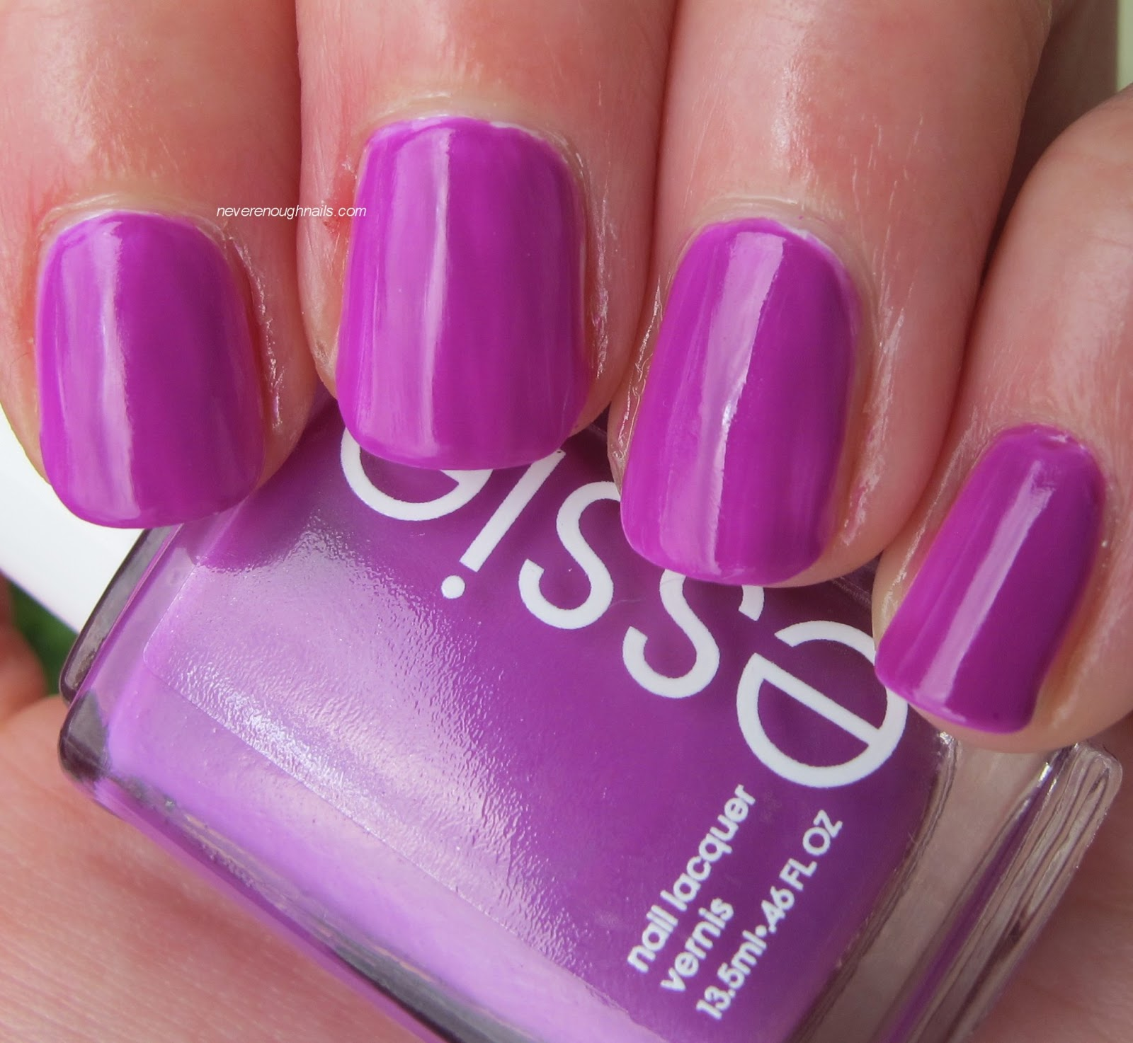 Never Enough Nails: Essie DJ Play That Song